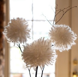 Pretty White Yarn Dandelions