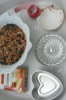 ingredients for making gelatine birdseed feeders