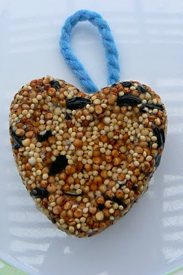 pretty little heart shaped birdseed cakes that are hard and durable