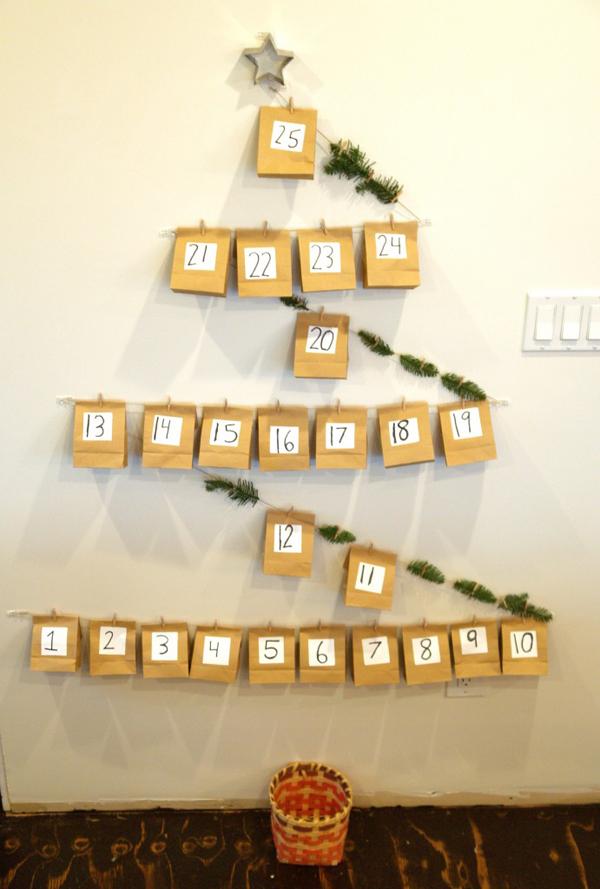 DIY Christmas Advent Callendar : www.theMagicOnions.com
