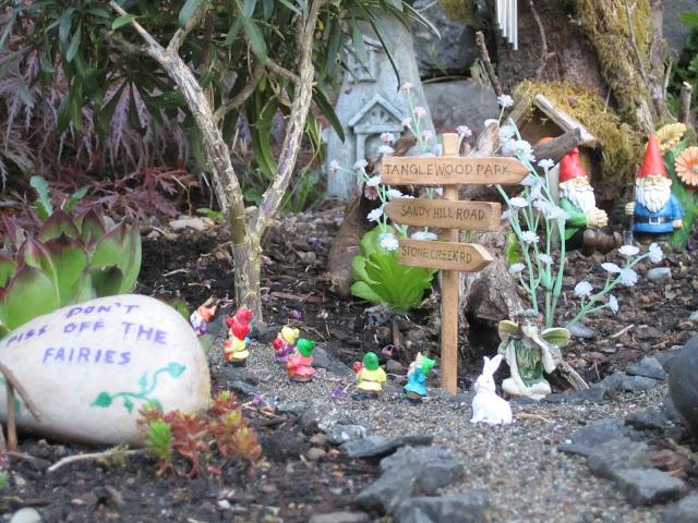 Fairy Garden Feature :: Three : 2013 - The Magic Onions
