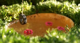 www.theMagicOnions.com Tire Swing for your Fairy Garden