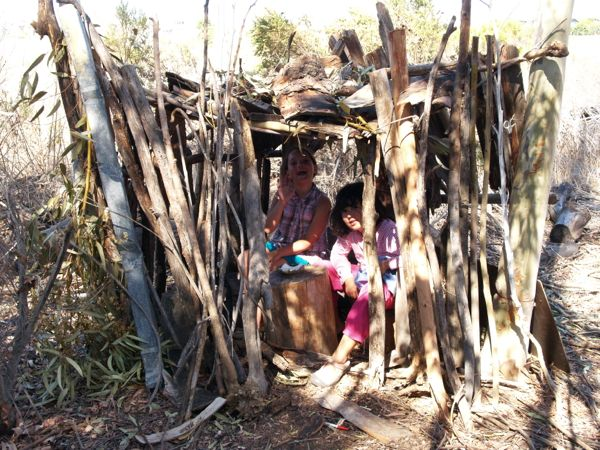 Building Forts : www.theMagicOnions