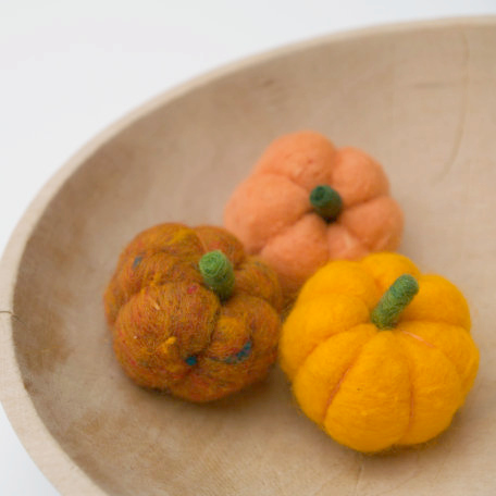 Needle Felting Tutorial : Wool Pumpkin