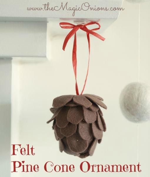 No-Sew Felt Pine Cone Christmas Ornament : www.theMagicOnions.com