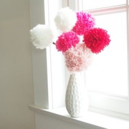 Make Pretty Pom Pom Flowers for Valentine's Day
