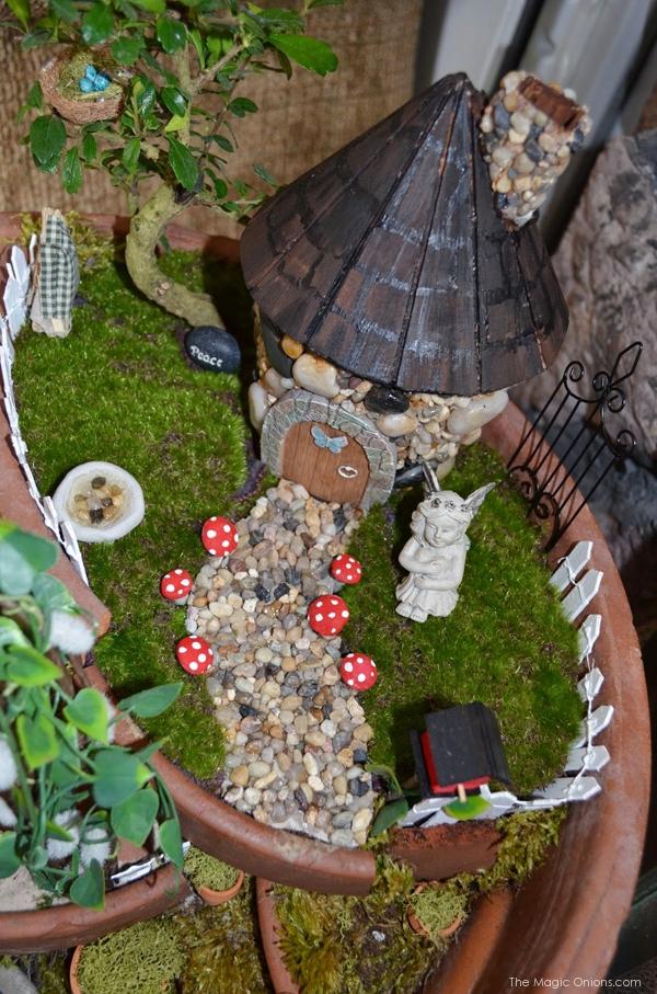 Stone House and Path : Fairy Garden : the Magic Onions.com
