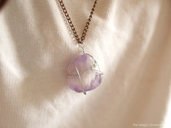 DIY Wire Wrapped Stone Necklaces : Tutorial - The Magic Onions