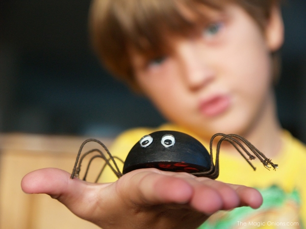 Make Spiders for Halloween
