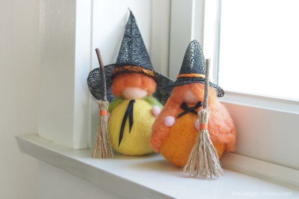 Halloween Witches : Needle Felted Dolls : The Magic Onions Shop