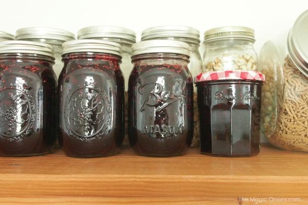 photo of mason jars of mulberry jam