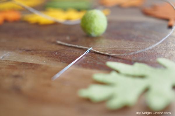 DIY Felt Leaf Ornaments for Thanksgiving Tutorial : www.theMagicOnions.com