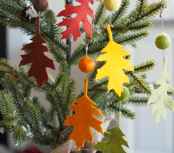 Felt Leaf Ornaments : Crafts for Thanksgiving