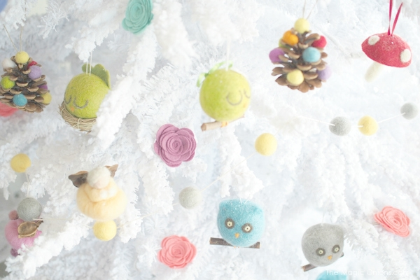 Needle Felted Christmas Tree Ornaments : www.theMagicOnions.com