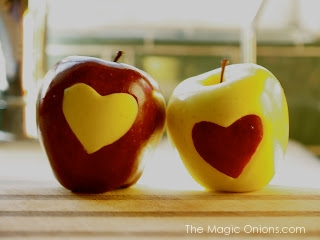 Love Apples Valentine's Day Crafts :: The Magic Onions :: www.theMagicOnions.com