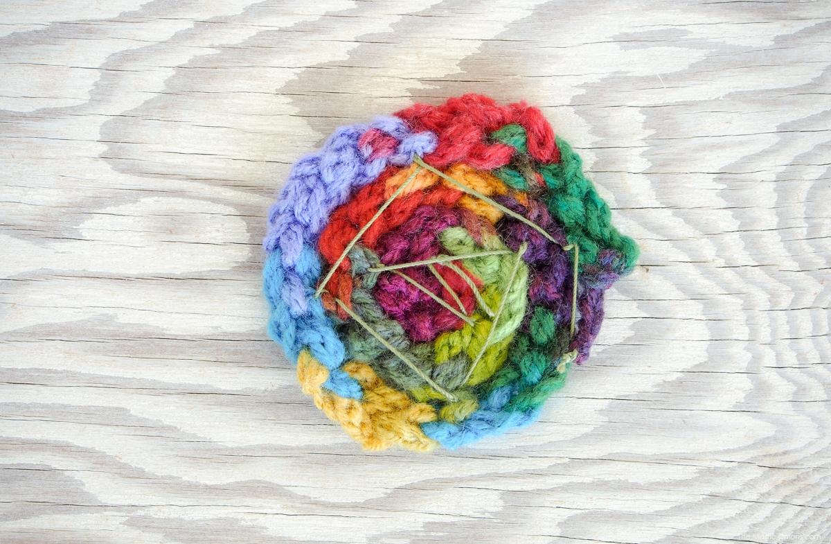 Finger Knitting Flowers : Finger knitted yarn flowers a diy tutorial for kids