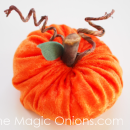 Velvet Pumpkins :: DIY Tutorial